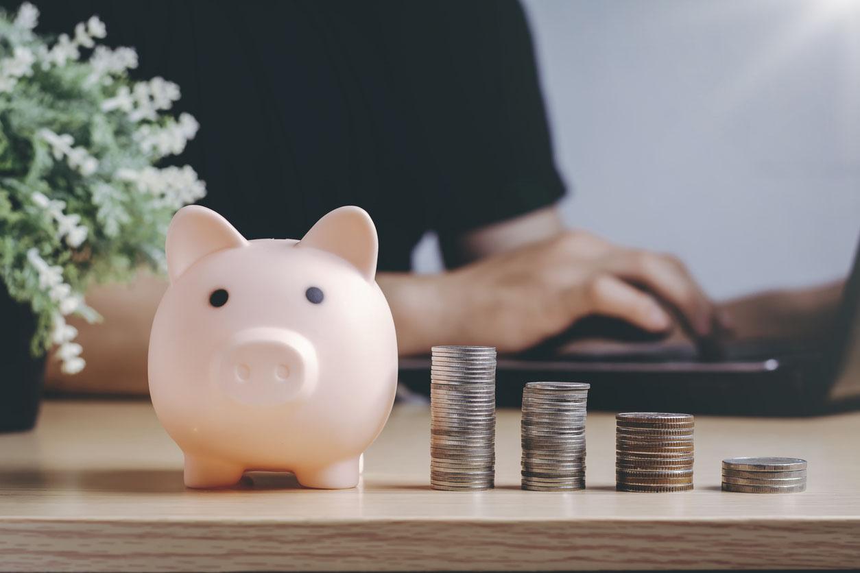 Économiser de l'argent richesse et concept financier
